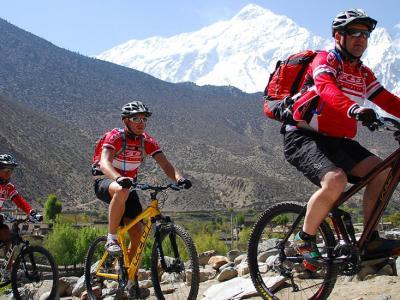 Annapurna mountain biking tour