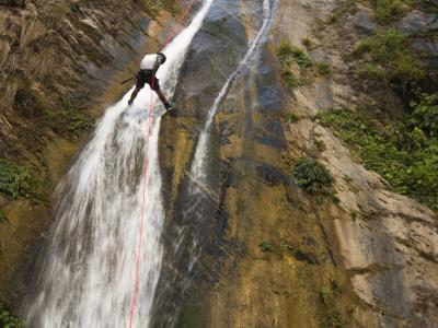 Daily canyoning tour